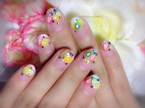 веселый дизайн ногтей: