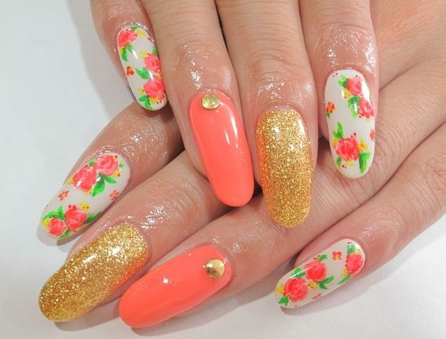цветы на ногтях картинки: