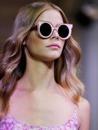 С приходом весны такой модный аксессуар, как солнцезащитные очки,  становится незаменимым. Они не только предохраняют орган зрения от  ультрафиолетовых лучей, ... 0e1022328e1