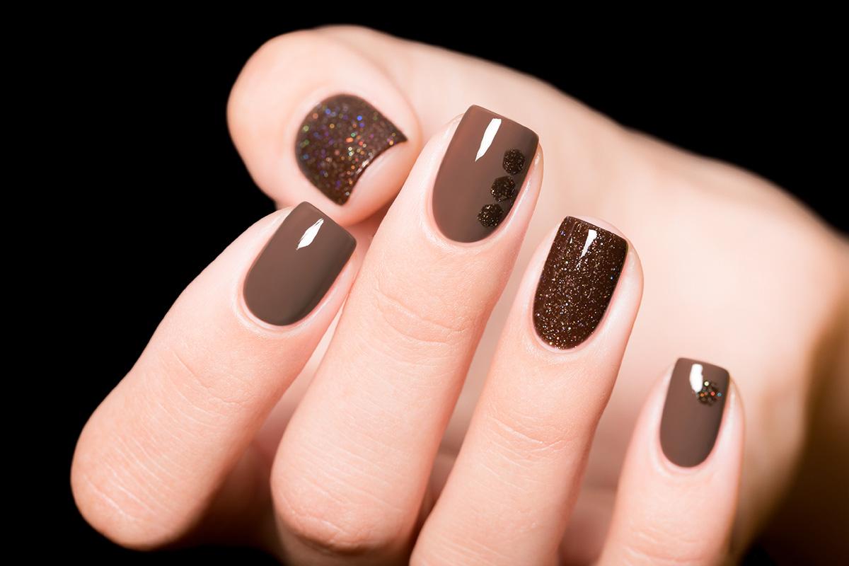 Дизайн ногтей в коричневых тонах фото